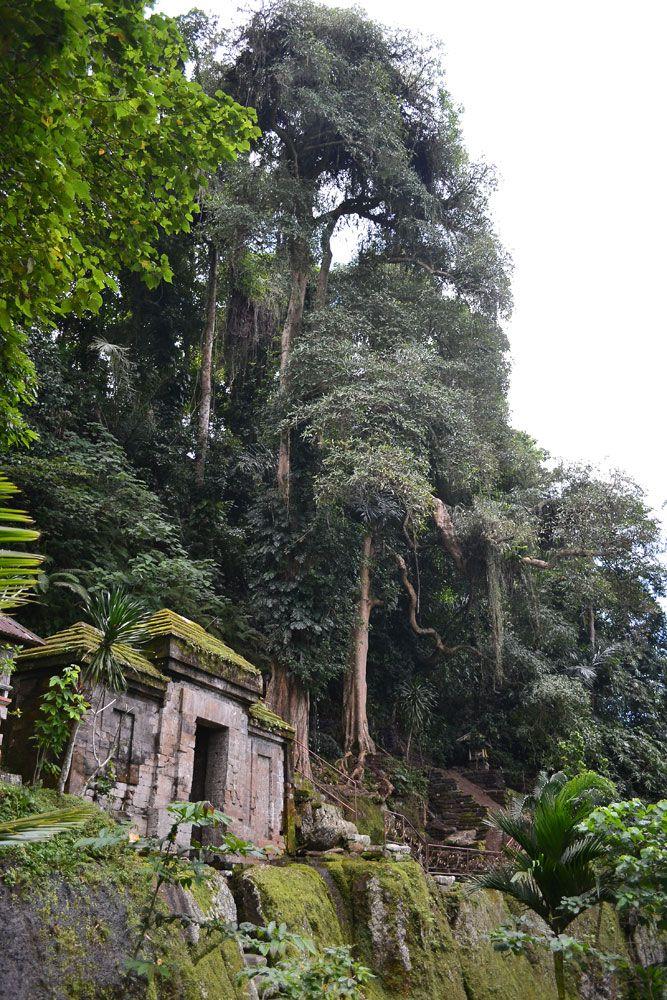 Goa Garba (Garba Cave), Gianyar - Bali - Indonesia, info +6281338479617