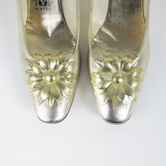 Vintage 1960s gouden pompen metallisch goud door honeymoonmuse