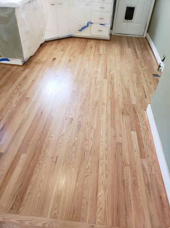 After Picture Of A Red Oak Floor With 3 Coats Of Glitsa Water Based Finish Wood Floor Refinish P Red Oak Hardwood Floors Wood Floor Colors Red Oak Floors