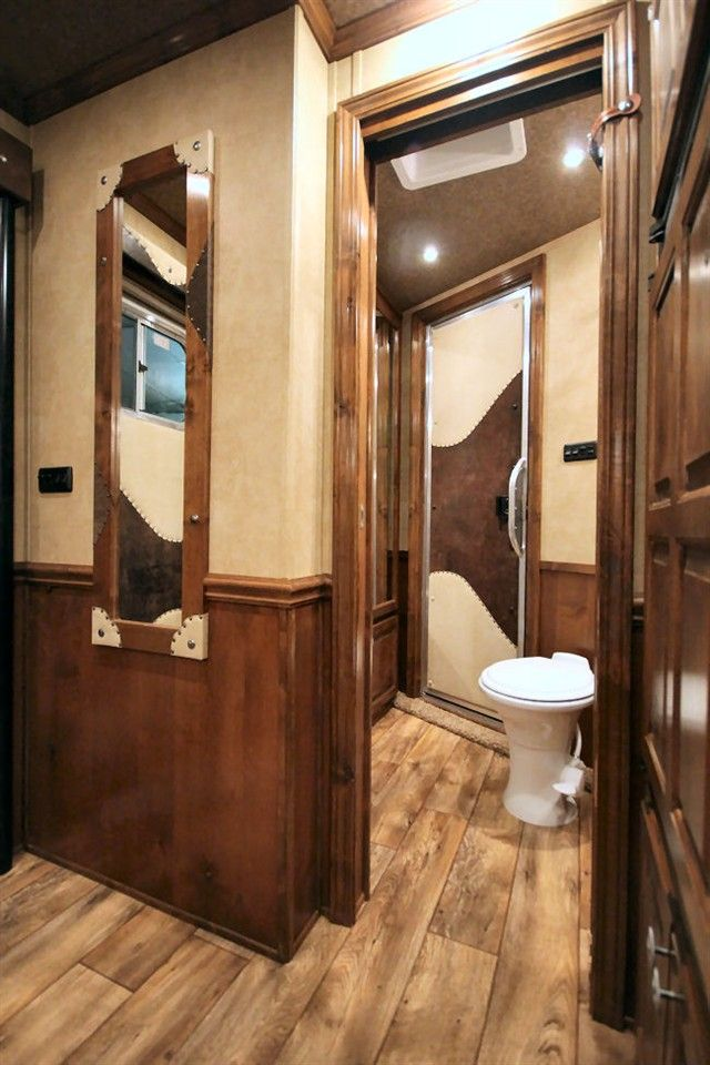 Horse Trailer World Huge Selection Of Horse Trailers