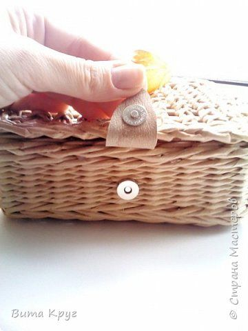 Поделка изделие Плетение Шкатулка для любимки -  Бумага газетная Трубочки бумажные фото 4