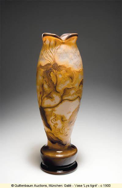 Emile Gallé -1900  lys tigré