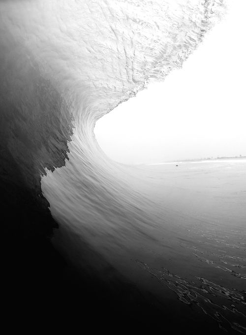 black  white wave