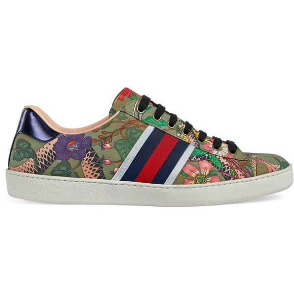 Gucci Flora Snake Sneaker ($580) ❤ liked on Polyvore featuring men's fashion, men's shoes, men's sneakers, men, shoes, sneakers, mens sneakers, mens snake skin shoes, gucci mens shoes and mens shoes