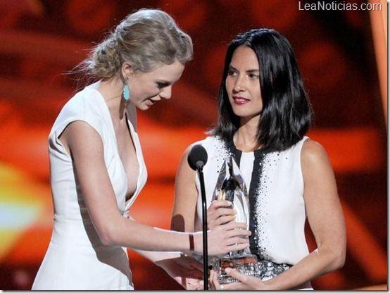 People's Choice Awards 2013: Lista de ganadores completa - http://www.leanoticias.com/2013/01/10/peoples-choice-awards-2013-lista-de-ganadores-completa/