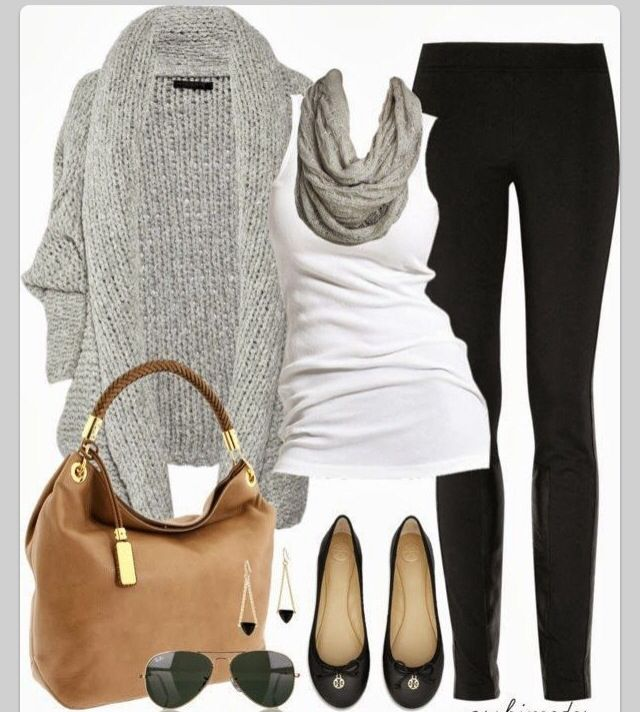 Simple, casual outfit. Looks comfortable and put together. Great bag. Like the color combos. I have those shoes.