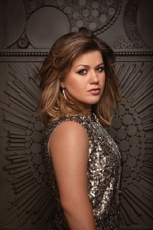 Kelly Clarkson. I love her no matter what the press says about her:) I think she's great just the way she is:)