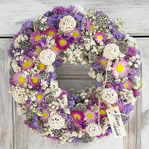 Dry flowers wreath: white, purple, pink