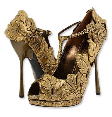 Alexander McQueen: Alexander Mcqueen, Fashion, Design Shoes, Style, Fall Shoes, Alexandermcqueen, Mcqueen Shoes, Heels, Gold Shoes