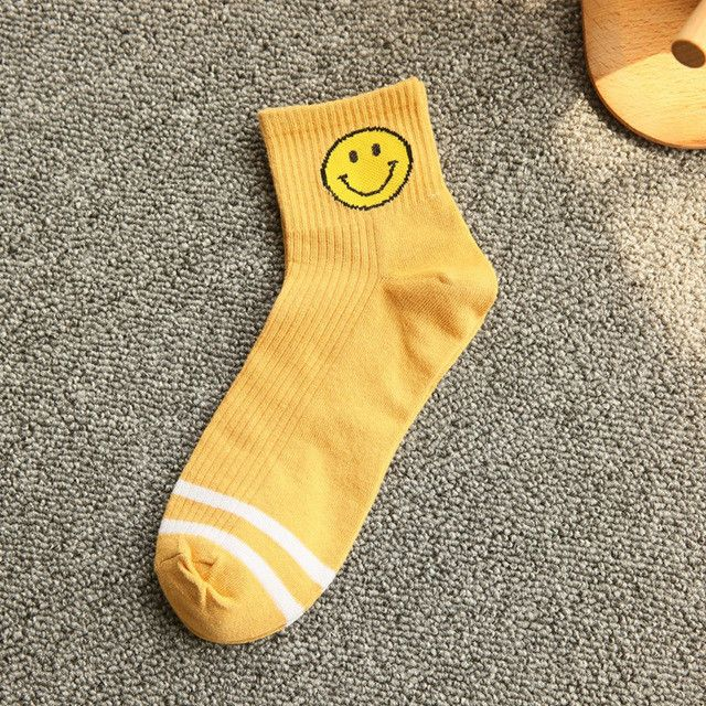 2017 new cartoon smiley face Harajuku two stripes on men and women in tube socks cotton socks lovers Male Socks meias