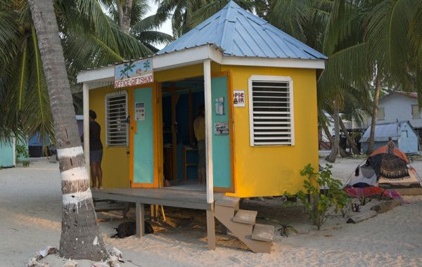 tobacco-caye - yellows, oranges and turquoise - a happy combination indeed!