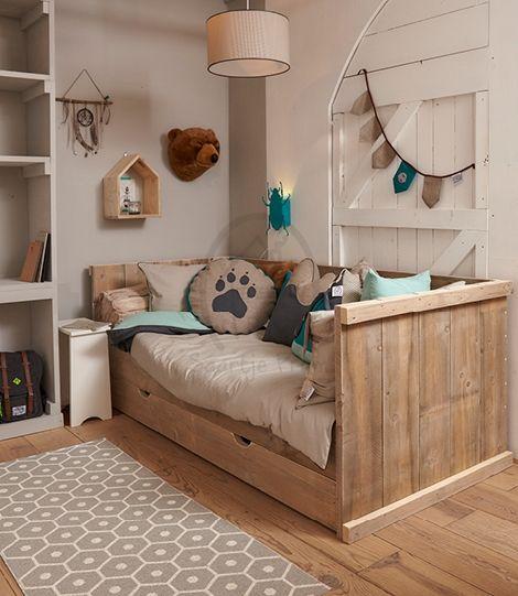 13 beste afbeeldingen over steigerhouten kinderbedden op pinterest - Muur kamer meisje ...