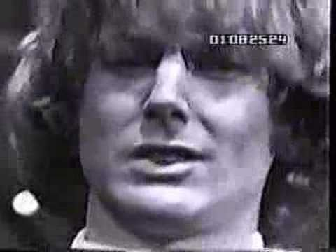 "The Byrds - ""Mr.Tambourine Man"" - 5/8/65 - great song ...BUT the VIDEO is an amazing clip of the time!!!!"