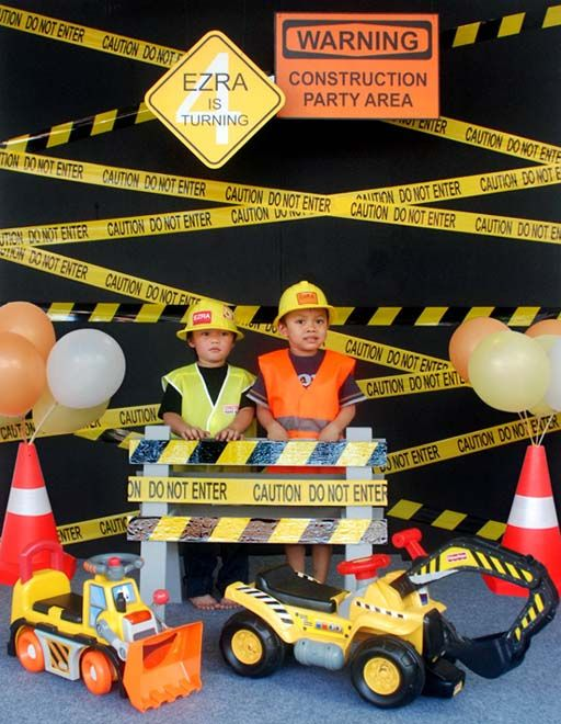 http://moshethings.blogspot.ae/2012/08/ezras-construction-birthday-party.html