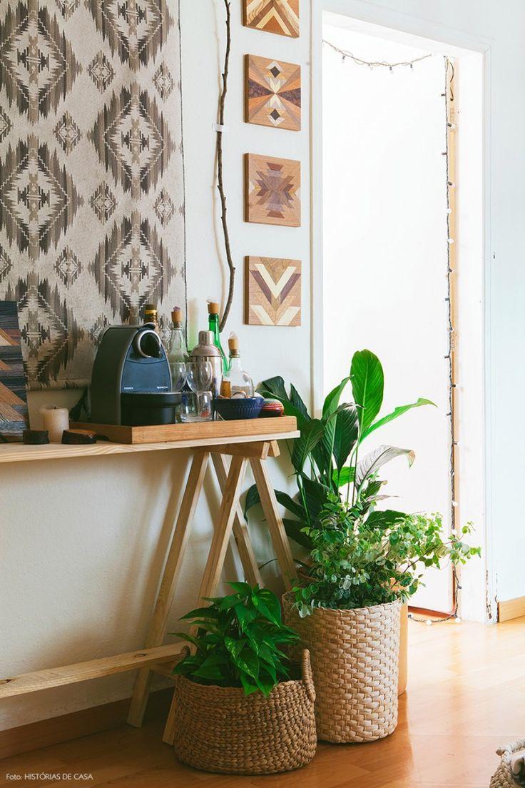 11-decoracao-cavalete-bar-aparador-tecido-parede-plantas