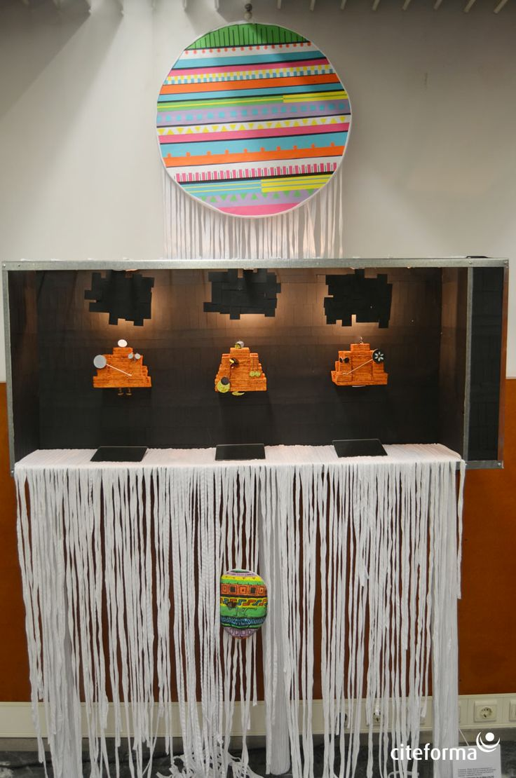 Subtema: Perú  Área expositiva: Joalharia contemporânea  Elementos do grupo: Cristina Crespo; Filomena Mendes; Márcio Lima; Sandra Santos; Vitor Santos.