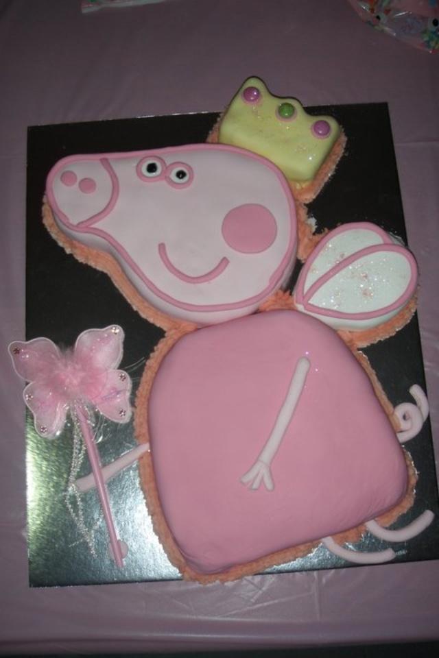 Fairy princess Peppa Pig cake
