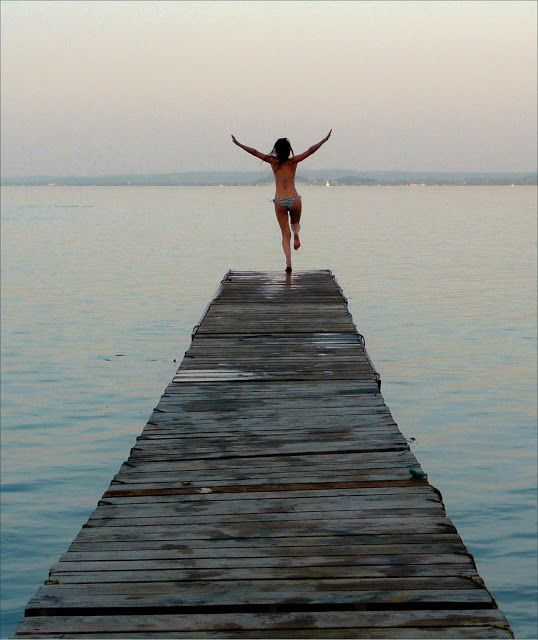 Lovely image of jumping into Lake Balaton.