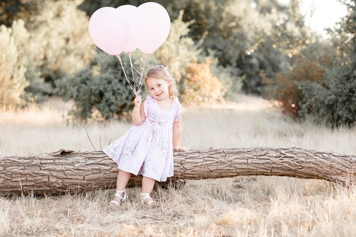 3rd birthday pictures // little girl pictures // toddler photo shoot