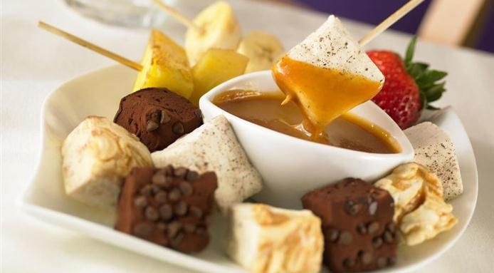 A look at a range of #gourmet #marshmallows - from sticky caramel swirls to rich pumpkin pie flavor. Read more: http://www.finedininglovers.com/blog/food-drinks/gourmet-marshmallows/