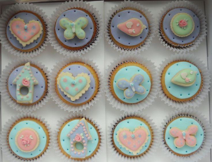 Cupcakes decorados con galletitas