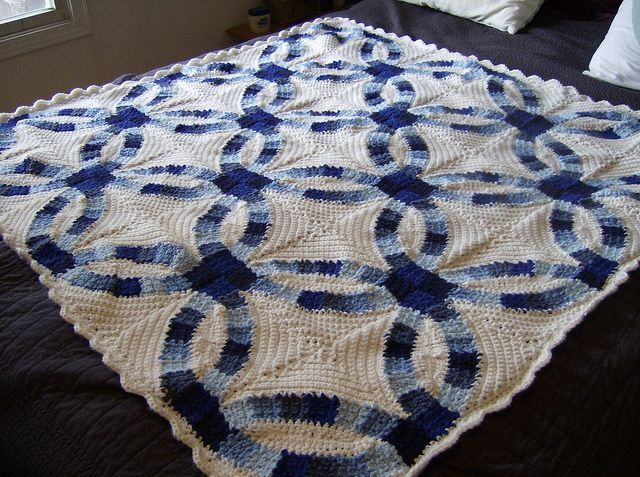 Crochet - Wedding ring blanket -- Link to the pattern from the May/June, 2010 issue of Crochet Today. Bea