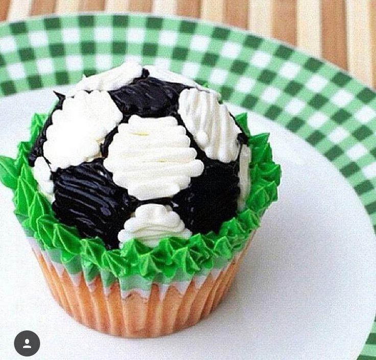 Soccer Ball Cupcake⚽️