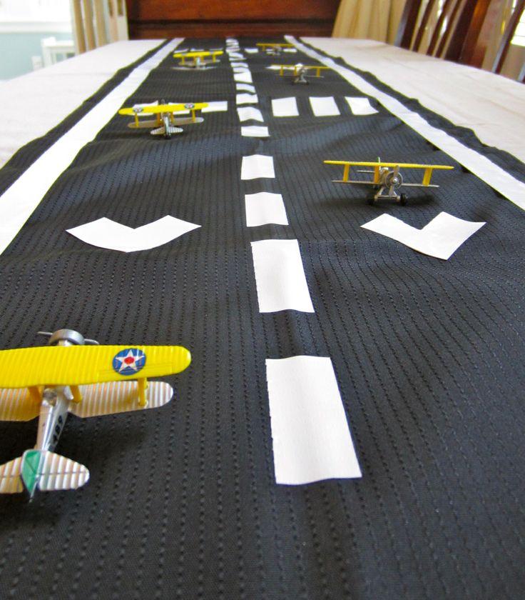 Airplane Runway Table