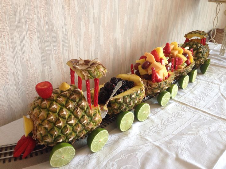 Baby shower fruit train