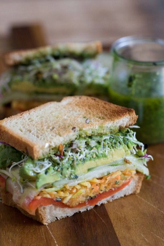 15 Summer Sandwiches That Won't Get Soggy at the Beach