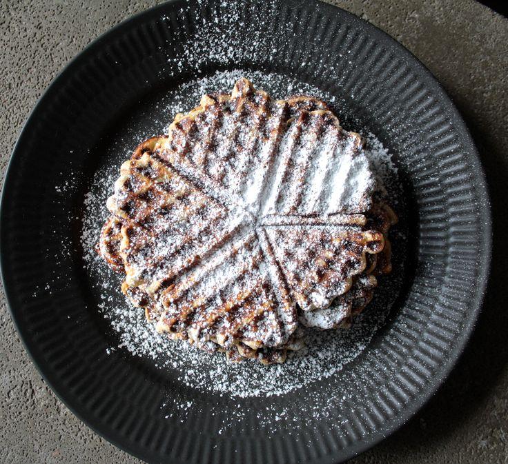 recipe gluten-free banana waffles  healthty food  opskrift glutenfri banan vaffel vafler
