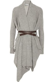 I stay cold..this looks chic AND cozy!!