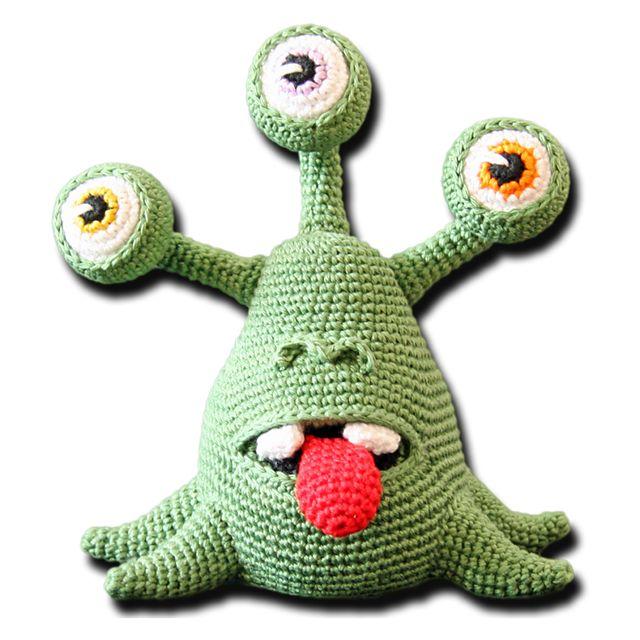 Eddie, the alien pattern by Zhaya Designs