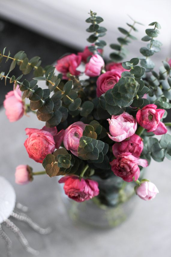 Floral inspiration // Peonies accented with Eucalyptus