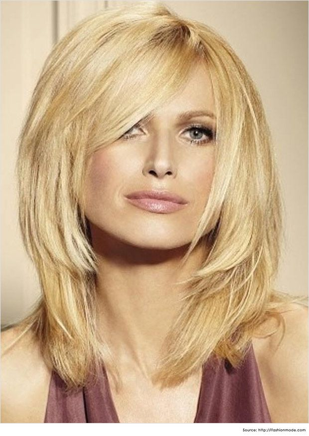 Medium hairstyles for women are catching up this season with trendy cuts like Bobs, Mohawks, Layers and many more.
