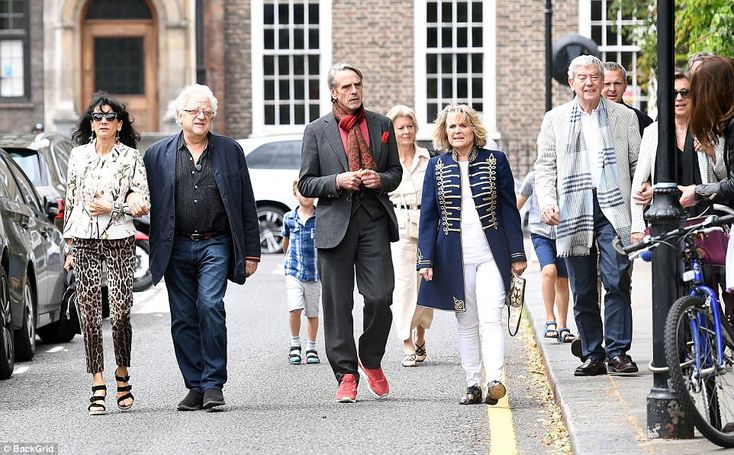 Jeremy Irons and Sinead Cusack led a crowd of famous faces to the 500-strong party, marking the playwright's 80th birthday ~ 4 Jul 2017
