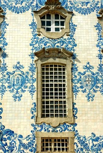 Blue and white tile façade. Plus