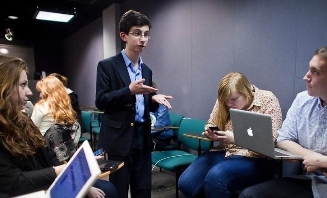 15 yaşındaki girişimci yaşam koçluğu yapıyor