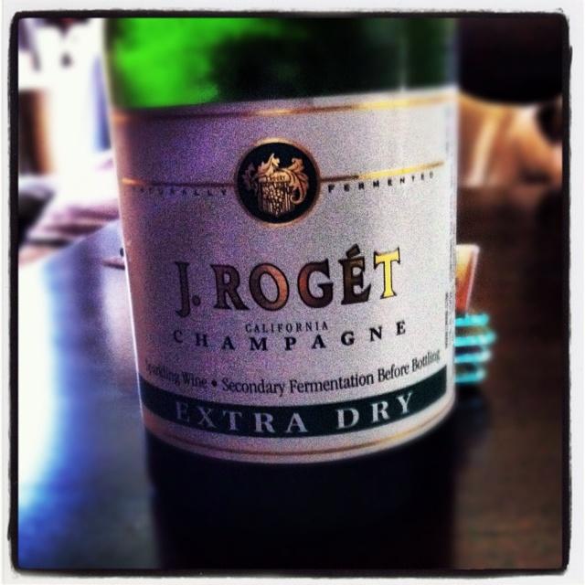 STAY AWAY! Just had this sparkling wine. Worst EVER. Walk away. Walk far away. #WinoWarningSparkle Wine, Wine Glasses