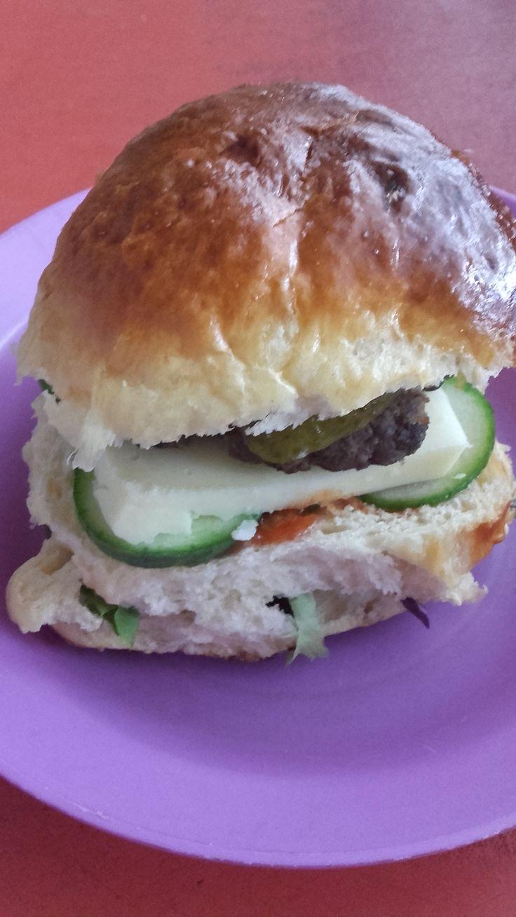 Hamburger - marhahúspogácsával