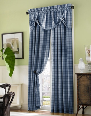 Country Plaid Curtains - I need new curtains