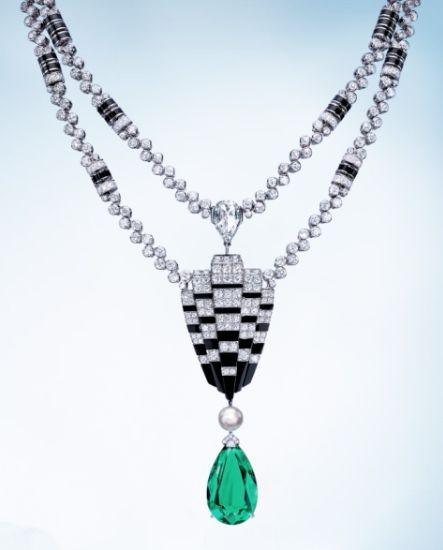 L'Odyssée de Cartier Parcours D'un Style High Jewelry Necklace Winter 2015 Collection brings a sense of classic elegance