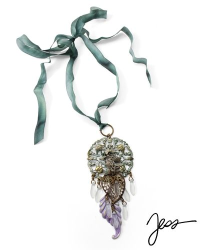 Frosty Foliage by Jess Italia Lincoln using beads from our Online Bead Partner @bello Modo & Vintaj!