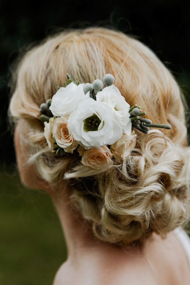 Real flower white and peach headcomb/clip. For more inspiration visit www.weddingsite.co.uk