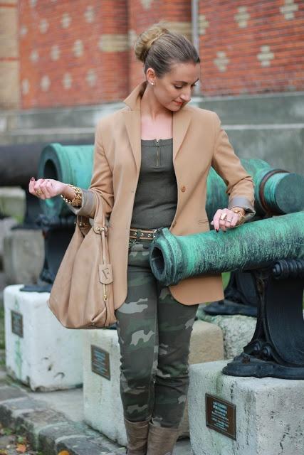 Great furla bag, Zara army pants & Deichmann boots!