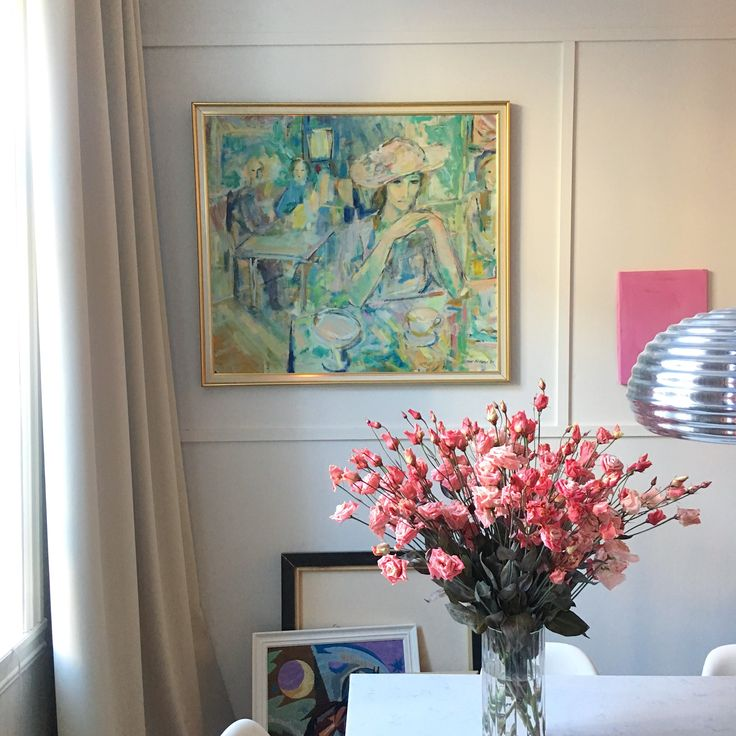 Spring in the apartment. Flowers and art. Flos lamp