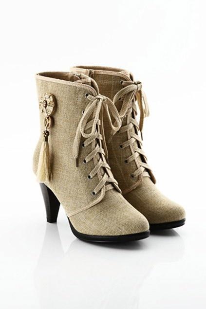 Retro Flax High Heeled Platform Boots