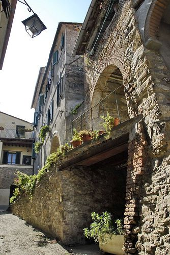 Castello di Chianni #Tuscany