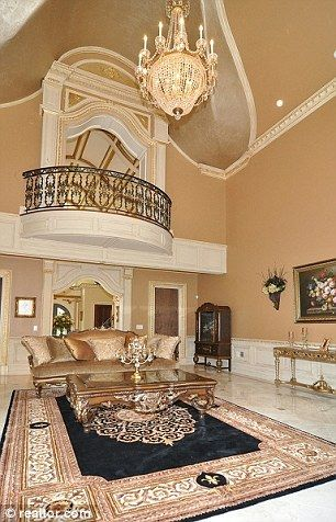 The #Gorga house #RHONJ not too shabby!  LIKE us on Facebook!:http://www.facebook.com/therealhousewivesfanclub