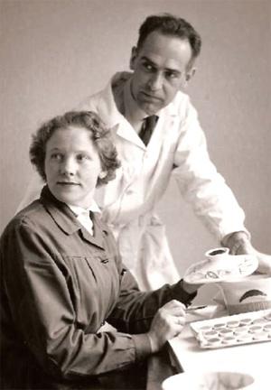 Inger Waage and Kåre Berven Fjeldsaa. Stavangerflint archives (Figgjo AS)